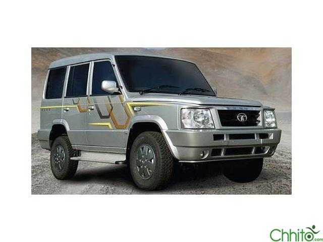 Cheap rate vehicle on hire (8-9 pax capacity)